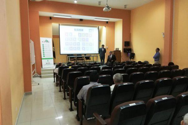 Exposición sobre las herramientas para la educación de Office 365 a los Vicedecanos de las Facultades